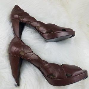 BCBG Girls brown leather heels size 11
